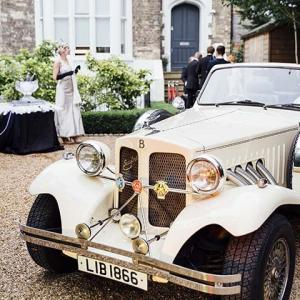 Immersive party planners Gatsby themed beauford car