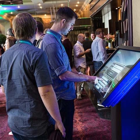 touch screen quiz machine