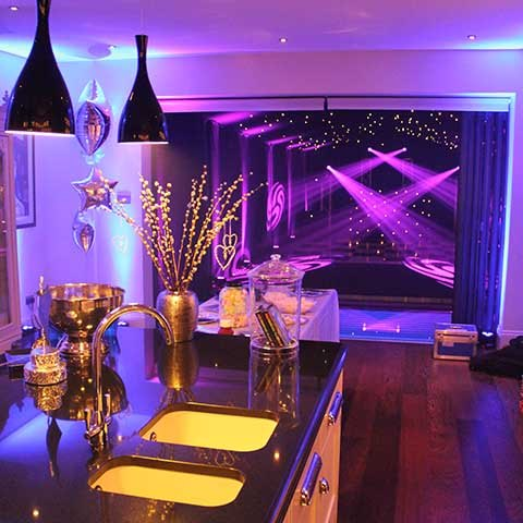 Top Tips To Make A House Party Amazing