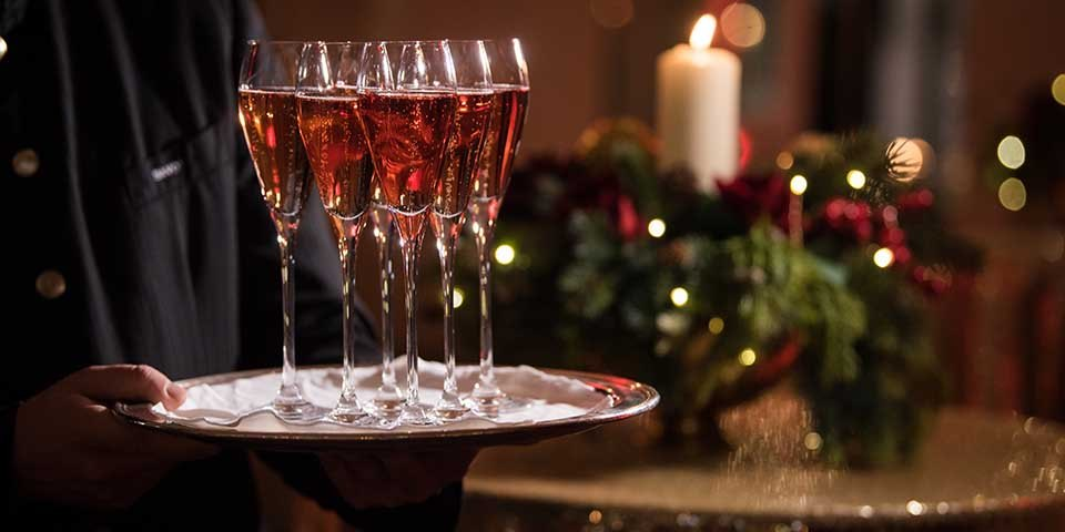 Corporate Christmas Parties in London: Wine service at Christmas