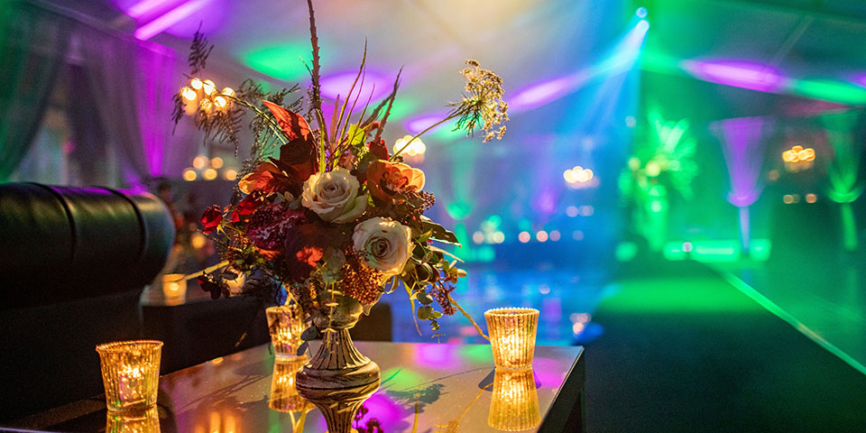 Floral display in marquee for 40th Birthday party